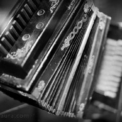 thumbnail 15 accordion
